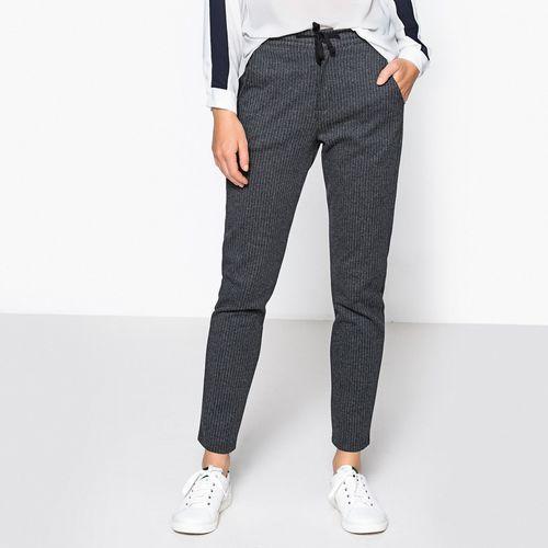 Spodnie damskie, Spodnie dresowe w paski