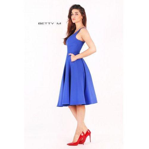 Suknie i sukienki, Klasyczna sukienka do kolan z kieszonkami