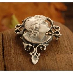BOGINI - srebrna broszka srebrna broszka