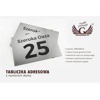 Oznakowanie informacyjne i ostrzegawcze, Tabliczka z numerem domu - wym. 300x200mm - srebrny zewnętrzny laminat grawerski 3mm