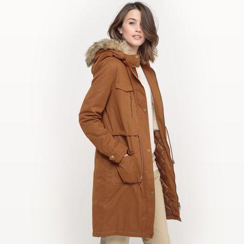 Kurtki skórzane venezia najnowsza kolekcja. U Nas znajdziesz zawsze modne kurtki damskie w wyśmienitej cenie. Tylko markowe kurtki damskie od największych producentów.