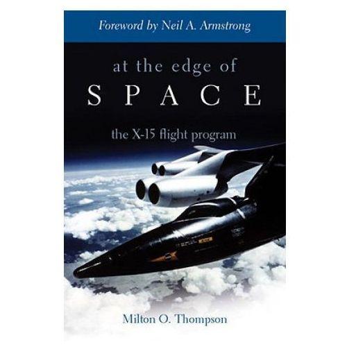 Biblioteka biznesu, At Edge of Space (opr. miękka)